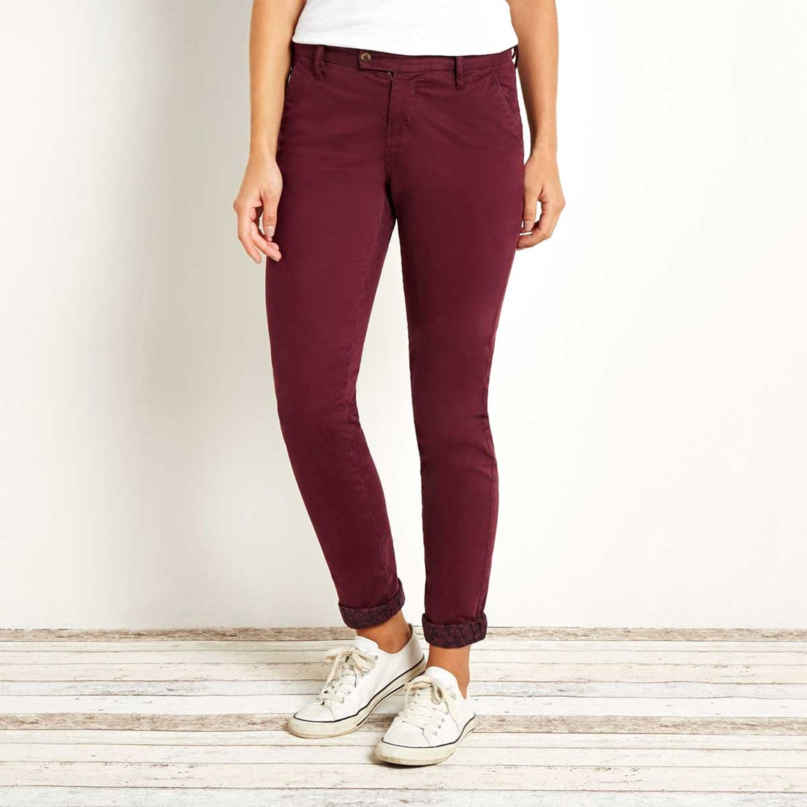 Hearne Straight Leg Chino Trousers Port